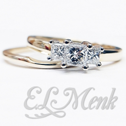 Gorgeous 3 Stone Princess Cut Wedding Set